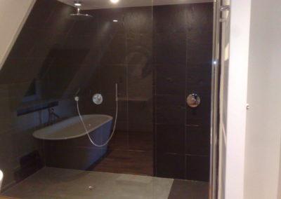 Ensemble-de-salle-de-bain-après-travaux.-BREST-400x284