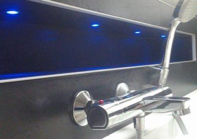 NIche-carrelée-avec-éclairage-LED-Plougastel-Daoulas-400x284