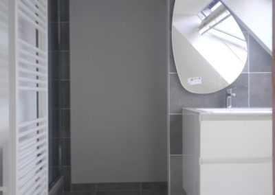 Ensemble-de-la-salle-de-bain-après-travaux.-BREST-400x284